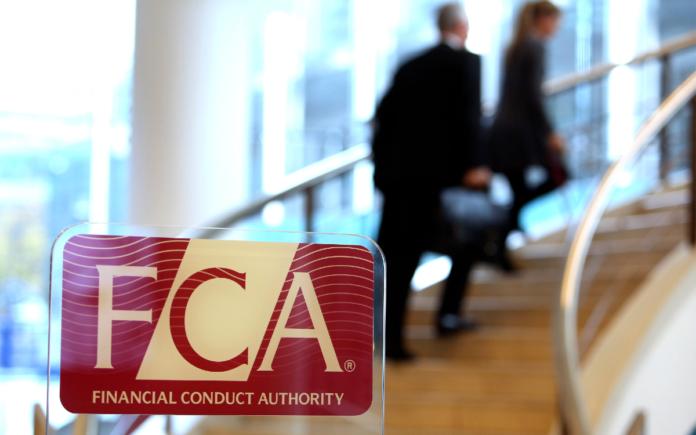 La FCA prohíbe la venta de productos basados en Bitcoin