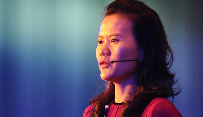 Lucy Peng cofundadora de Alibaba es una de las mujeres más ricas hoy gracias a Ant