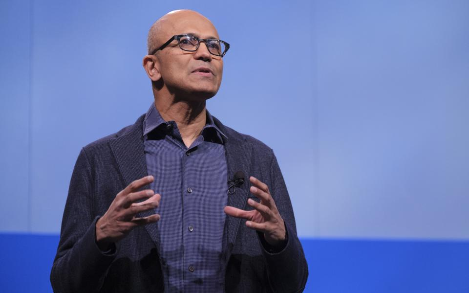 CEO de Microsoft invita a repensar el capitalismo