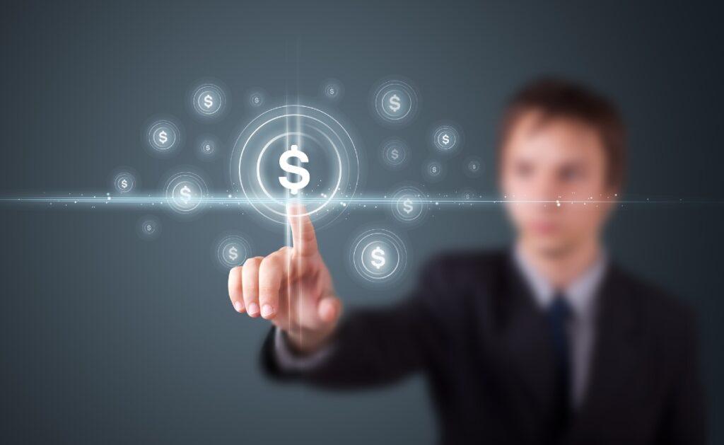 Seis expertos explican cómo y dónde recomiendan invertir dinero