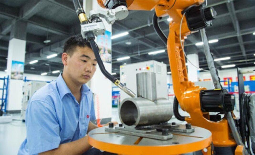 Las ganancias industriales de China expandieron su crecimiento en el 2020