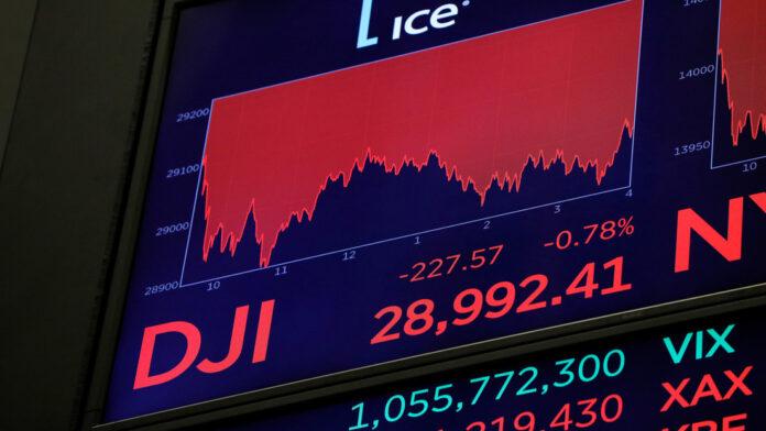 Índice Dow Jones cerró ayer en números rojos
