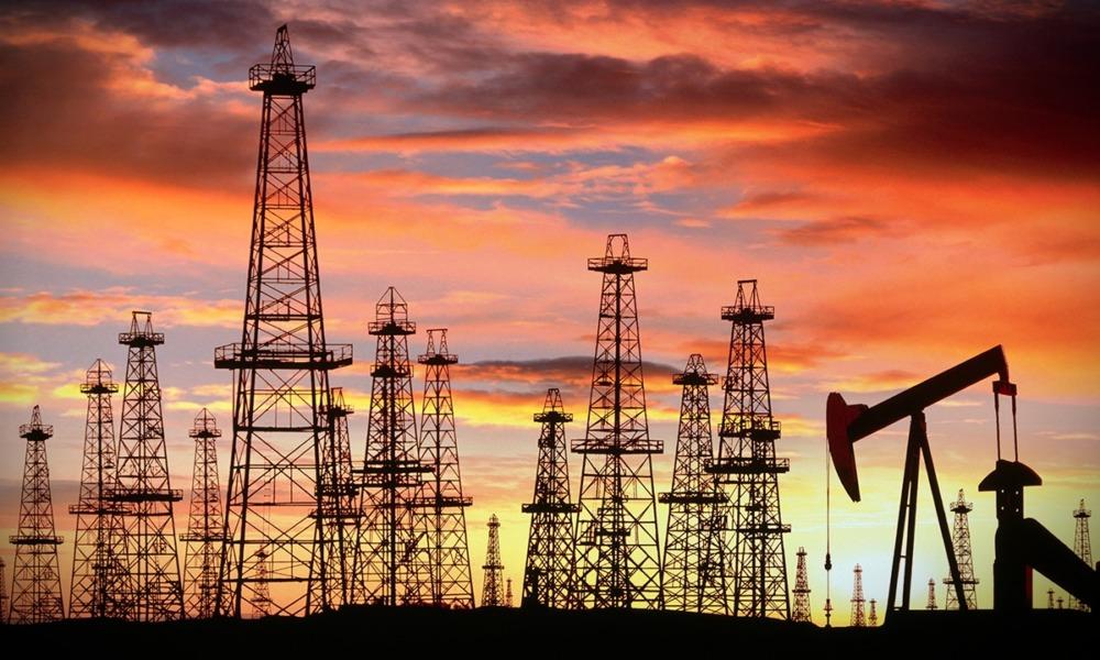 Informe interno de la OPEP prevé que las existencias de petróleo caigan más en 2021