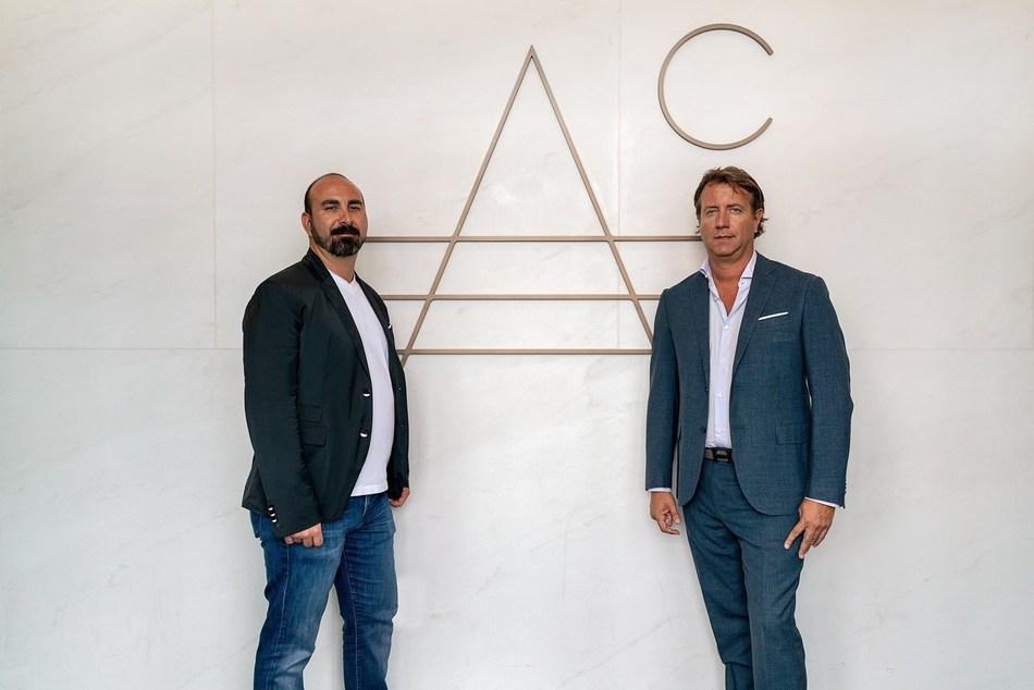 Alex Sapir y Giovanni Fasciano han innovado en el sector de bienes raíces, permitiendo que sus inmuebles de lujos sean comprados con Bitcoin.