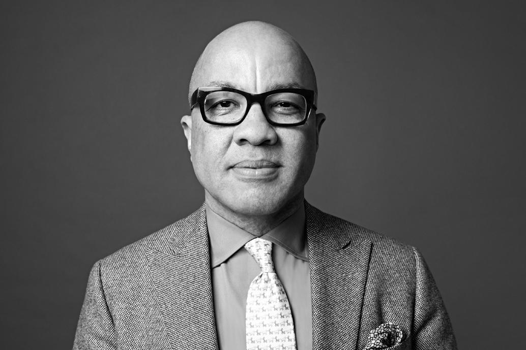 Darren Walker de Fundación Ford sugiere cambiar el capitalismo en EE.UU.