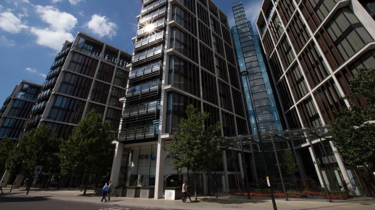 El mercado de Bienes Raíces en Reino Unido ha mantenido su fuerza. Esto con subastas millonarias en Londres con condominios de lujos.