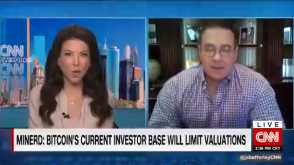 Scott Minerd, CIO de Guggenheim, quién en febrero predecía que Bitcoin alcanzaría $600.000 dólares, ahora dice que su precio podría caer hasta los $10.000. Fuente: CNN