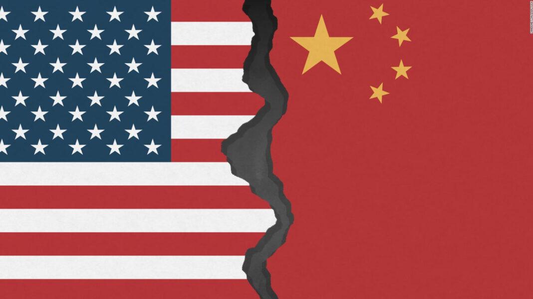 Firma de análisis indica que la nueva represión de China puede estimular nuevas ventas en acciones que cotizan en EEUU