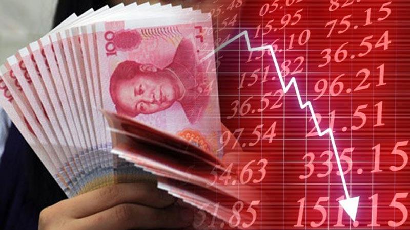 Regulaciones extremas en China provocan derrumbe del mercado de valores