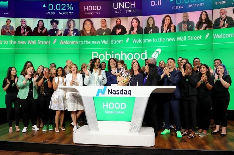 Robinhood sale a bolsa y ya se puede negociar sus acciones en el broker XTB