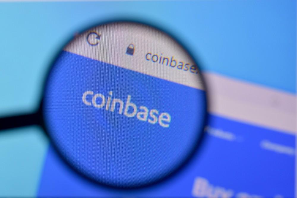 ¿Es buena idea comprar acciones de Coinbase con el precio de Bitcoin abajo?