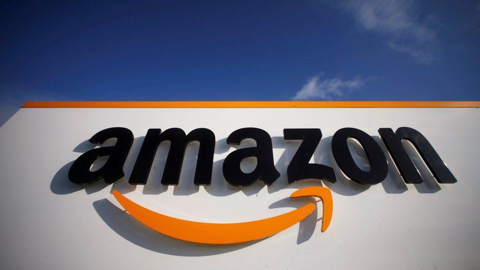 Los ingresos de Amazon bajan de manera escalonada en la medida en que las personas acuden a las tiendas físicas. Sin embargo, tres acciones de empresas de comercio online pueden dar grandes resultados. Fuente: BBC.com