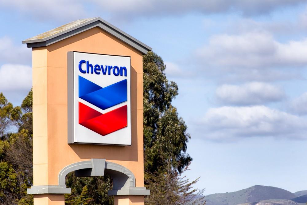 Aumento de los hidrocarburos y recortes de producción, CEO de Chevron hace sonar las alarmas