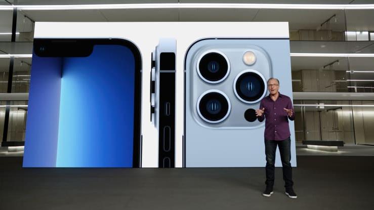 El iPhone 13 Pro y Pro Max destacan por su capacidad de almacenaje y triple cámara. Fuente: Apple Inc