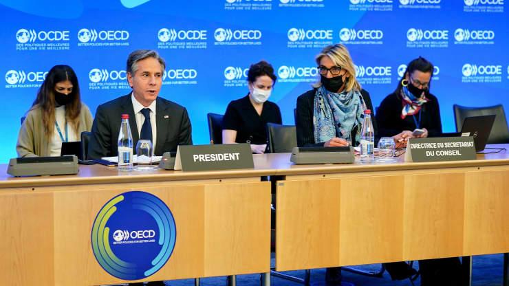 Este viernes, se conoció que la OCDE alcanzó un acuerdo de impuestos corporativos globales. El mismo se implementará a partir de 2023 y tendrá un mínimo de 15% para las grandes empresas. Fuente: CNBC